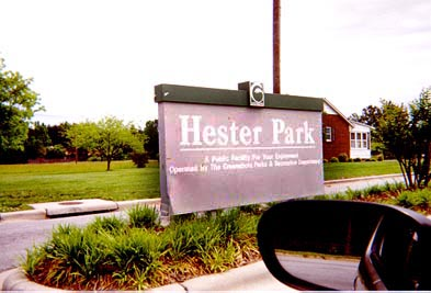 HesterParkSign-May9910-1768.jpg (33839 bytes)